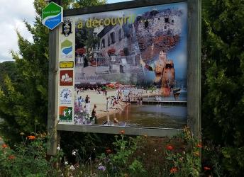 Panneau touristique Murol